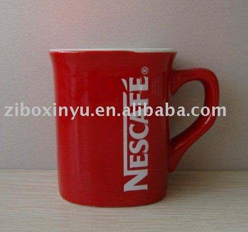 Tasses de Nescafé rouge vernissée en céramique