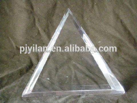 ブランククリスタルガラスの工芸品の三角形の飾り