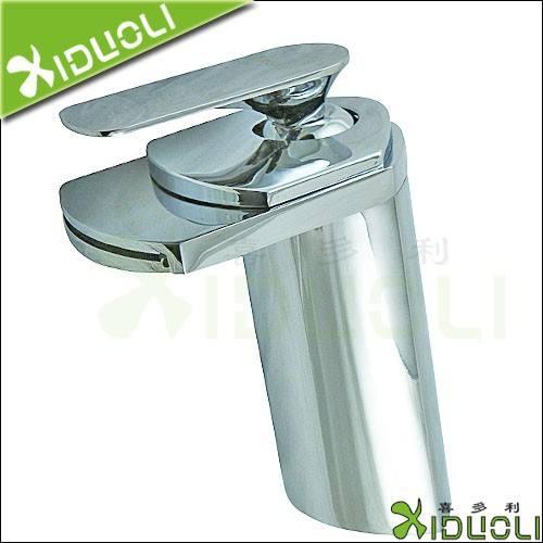 バスルームアクセサリープレハブ住宅価格の洗面台の蛇口洗面台の蛇口/タップ