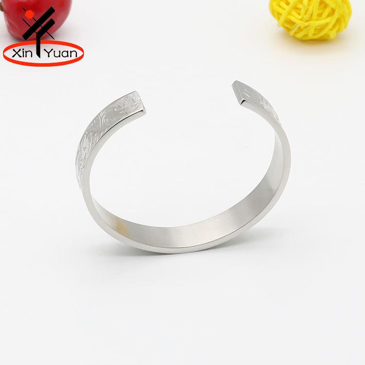 Exquis technique femmes classique en acier inoxydable bracelets pour gros