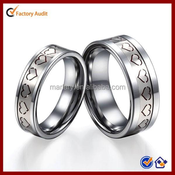 Grabado corazón amor anillo de pareja de acero inoxidable día de san valentin