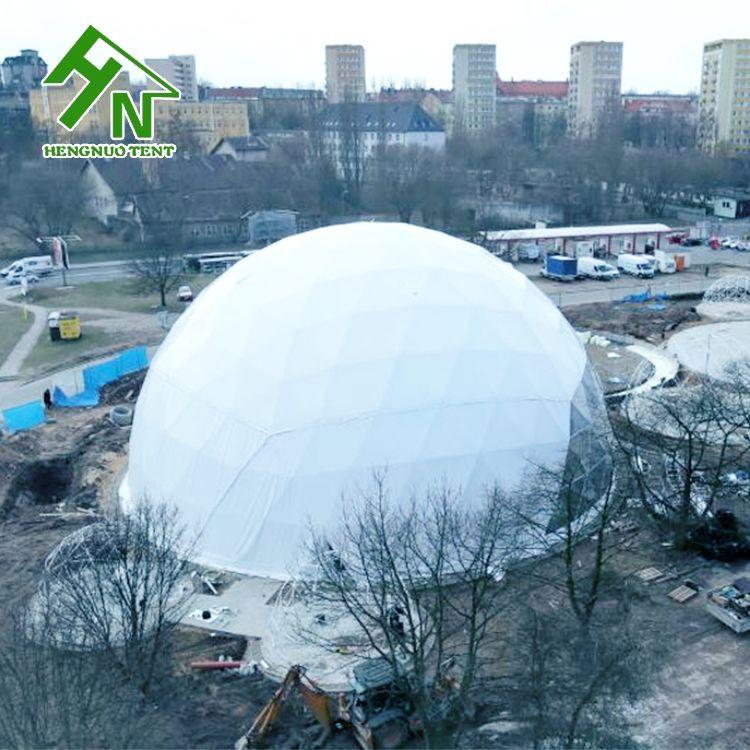 Gigante al aire libre Lona de pvc a prueba de invierno tiendas con cúpula geodésica forma
