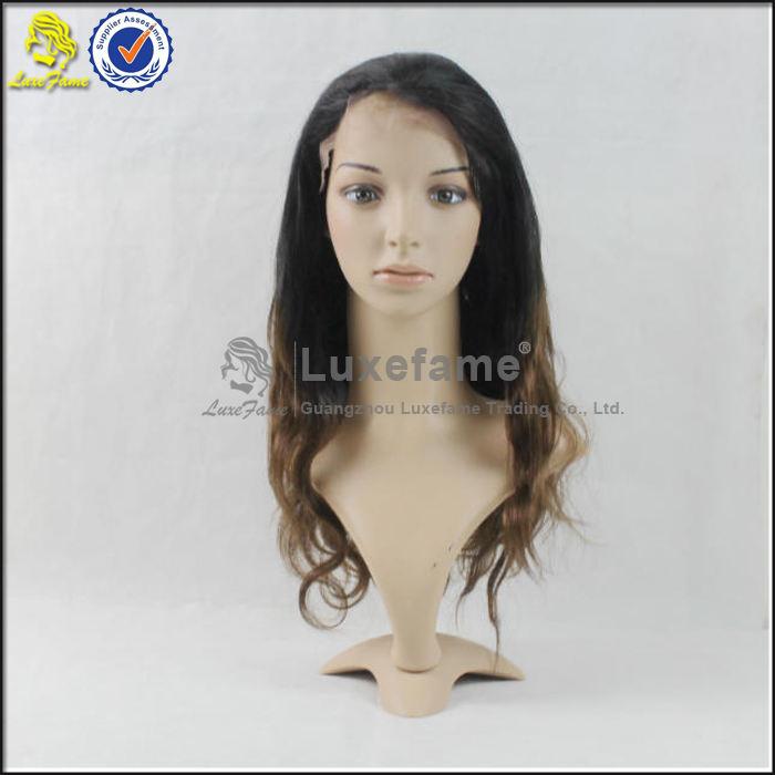 Moda barato onda del cuerpo del pelo humano indio <span class=keywords><strong>pelucas</strong></span> delanteras del cordón con flequillo