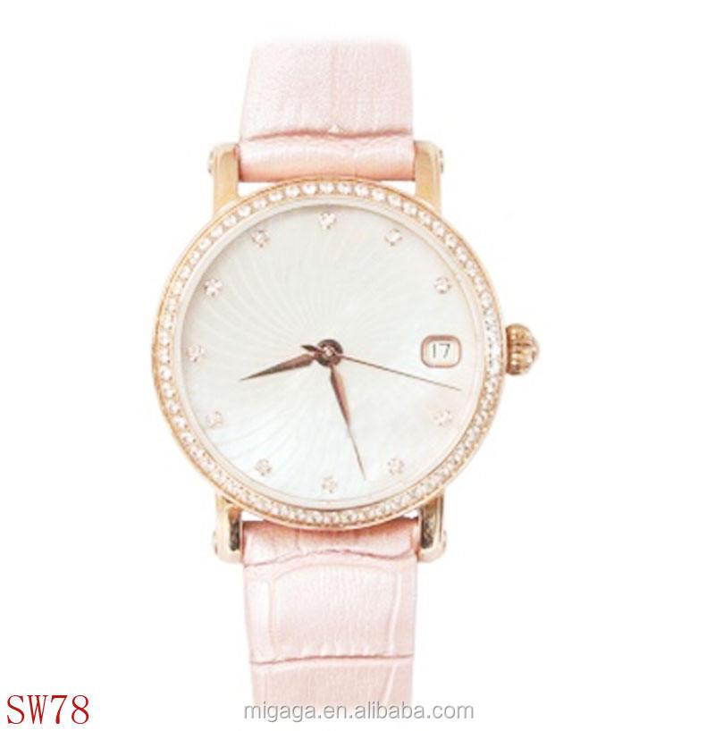 Популярные кожаный ремешок сияющий камня , украшенные женщин часы