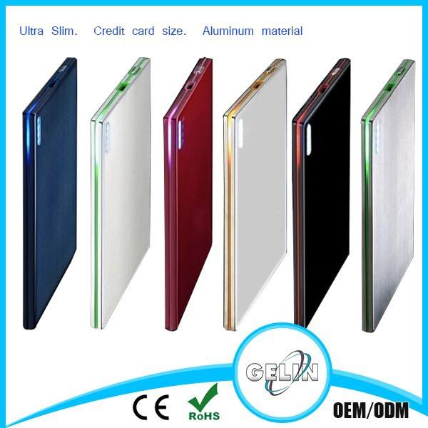 Tarjeta de crédito de la linterna 2400 mah banco de potencia ultra delgado