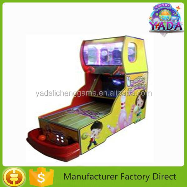 Niños felices que comprende 26 pulgadas LCD bowling juego de la máquina con que funciona con <span class=keywords><strong>monedas</strong></span> billetes redemption