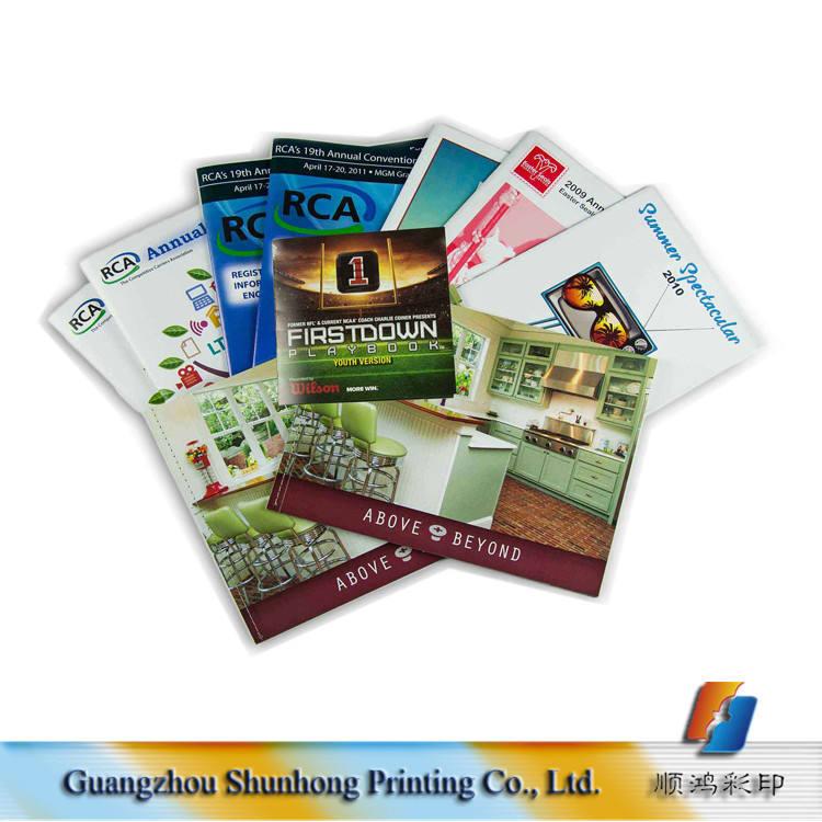 Großhandel Billige Kundenspezifische Papier Buch Softcover Druck Katalog/Magazin/Fotoalbum Druckmaschine