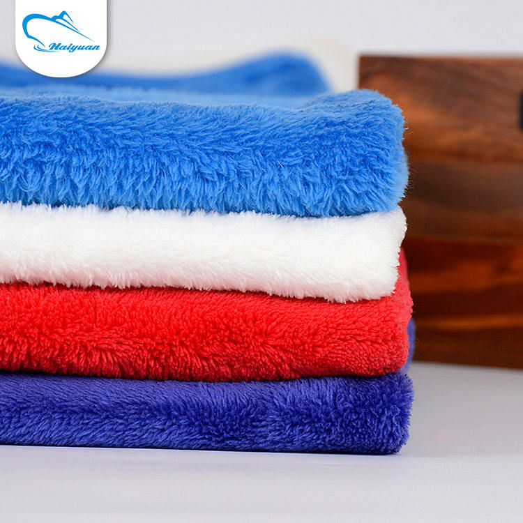 Entrega rápida diferentes tipos de populares 100% poliéster macio cobertor coral do velo tecido têxtil