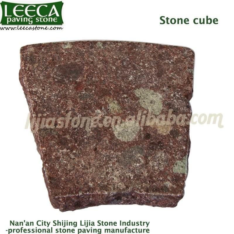 красный запылано камень кубика