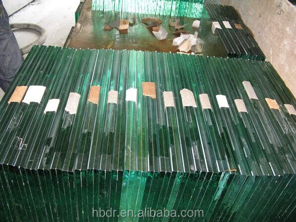 Caliente venta 12 mm grueso vidrio laminado para inclinado / techo acristalamiento