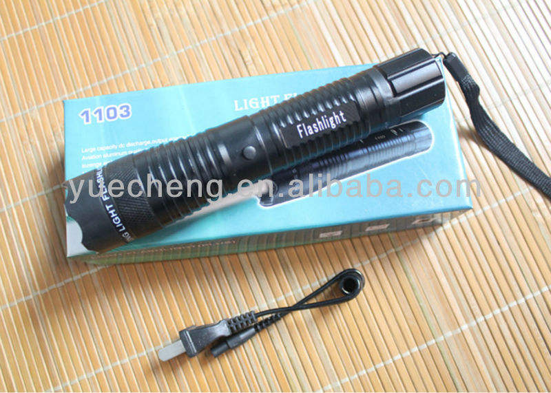1103 مصباح يدوي صدمة كهربائية / بندقية صاعقة