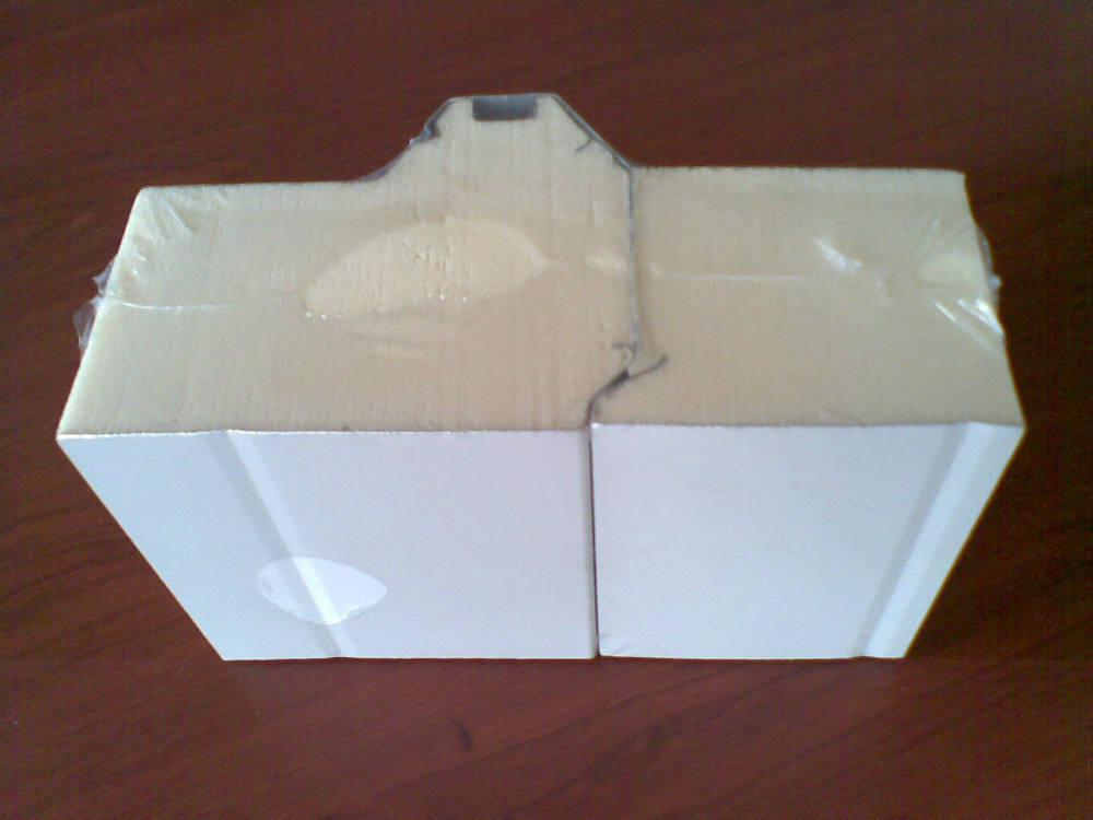 panel sandwich PU el ratio de orificio cerrado es igual o mayor que 97%