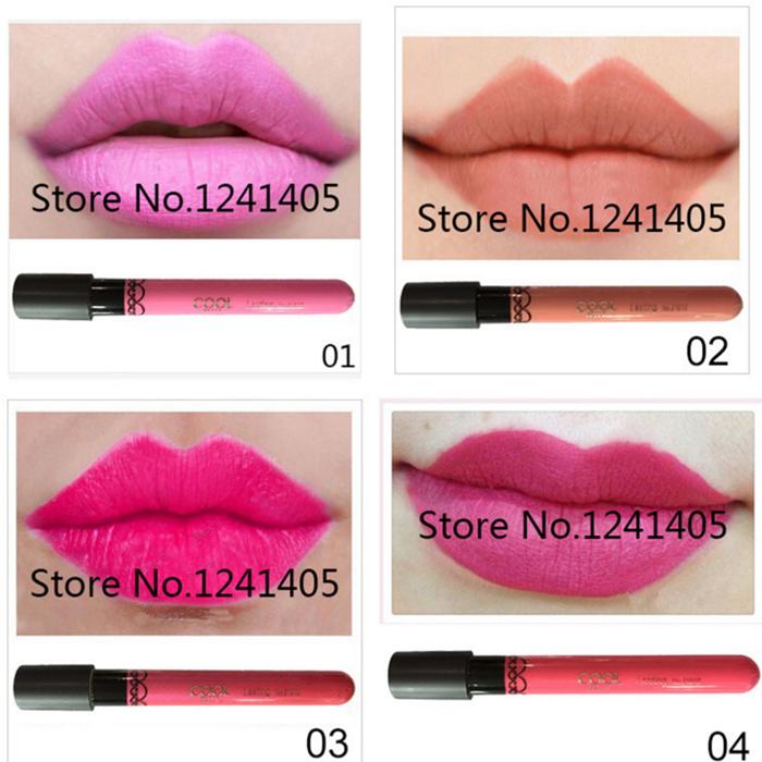 Des échantillons gratuits offrent brillant à lèvres entreprises