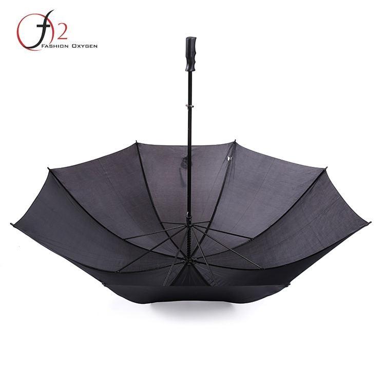 Normalen strap familie gerade regenschirm mit schulter