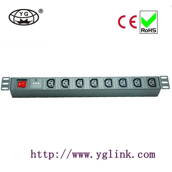 iec c13 typ pdu sockel für schrank mit schalter und Blitzschutz iec c13 buchse iec pdu