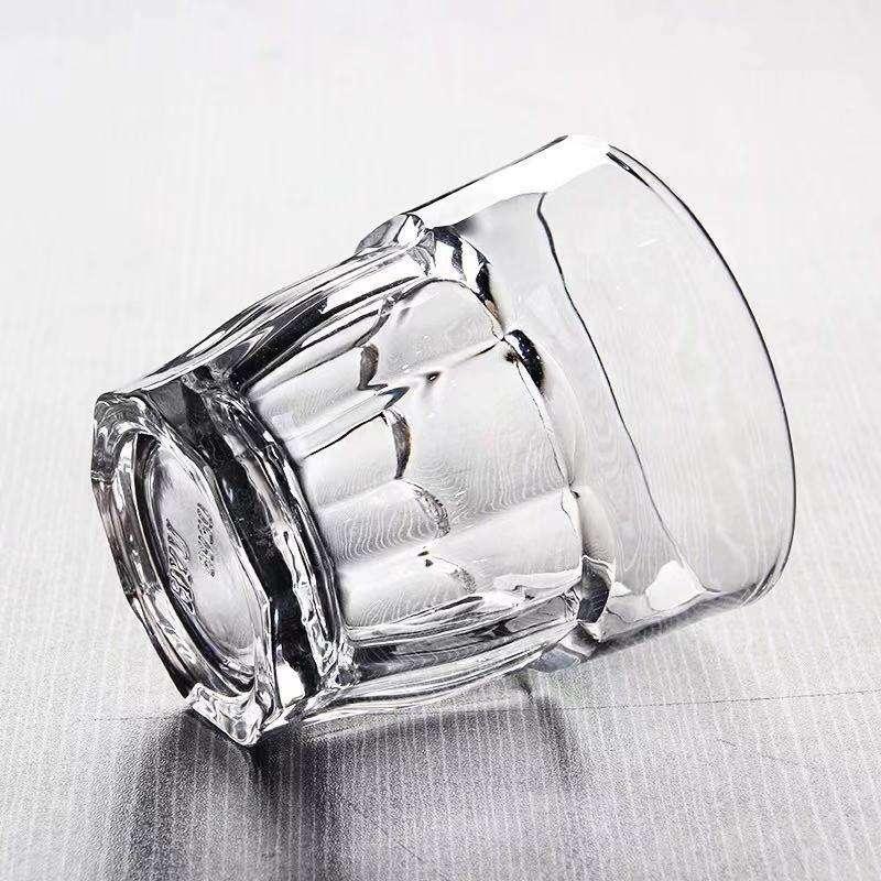 Fabricantes preço natal isolado liquidificador 225 ml branco para cola copo de vidro com pires