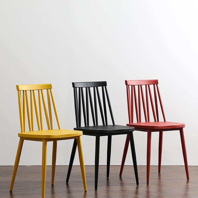 Venta al por mayor de sillas decorativas de metal de plástico para restaurante de comida rápida Mobilier