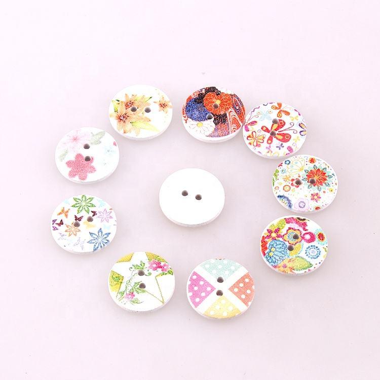 Personalizado de alta qualidade fantasia impressão bebê botão dois furos de madeira botões redondos para a roupa das crianças