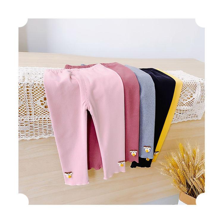Новые детские осенние хлопковые брюки с милыми мультяшными украшениями, леггинсы для маленьких девочек