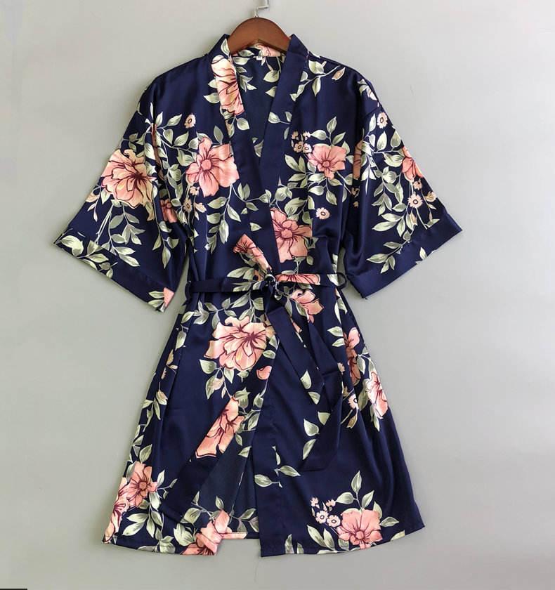 セクシーな女性のシルクパジャマ印刷着物ローブ卸売