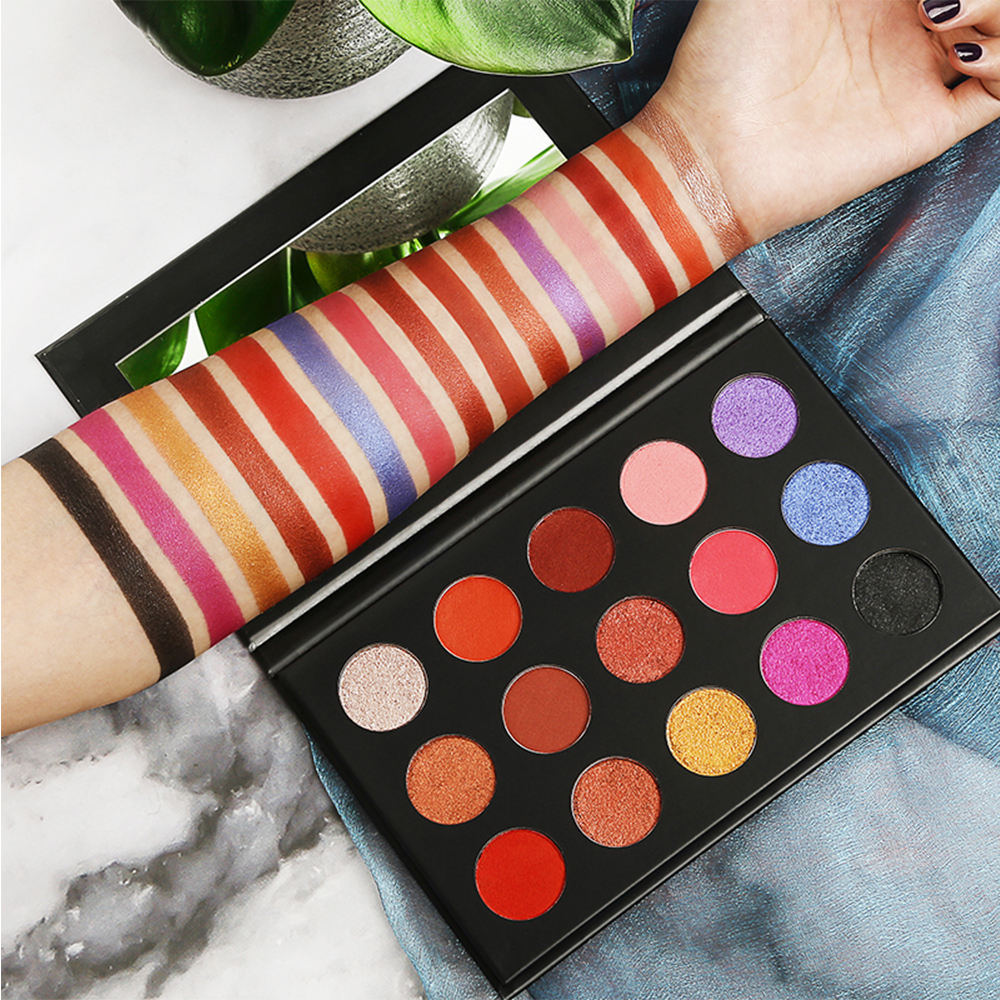 Kosmetik Private Label Eyeshadow Palet Creme Bubuk Eyeshadow Palette 15 Warna Baru Nude Eyeshadow