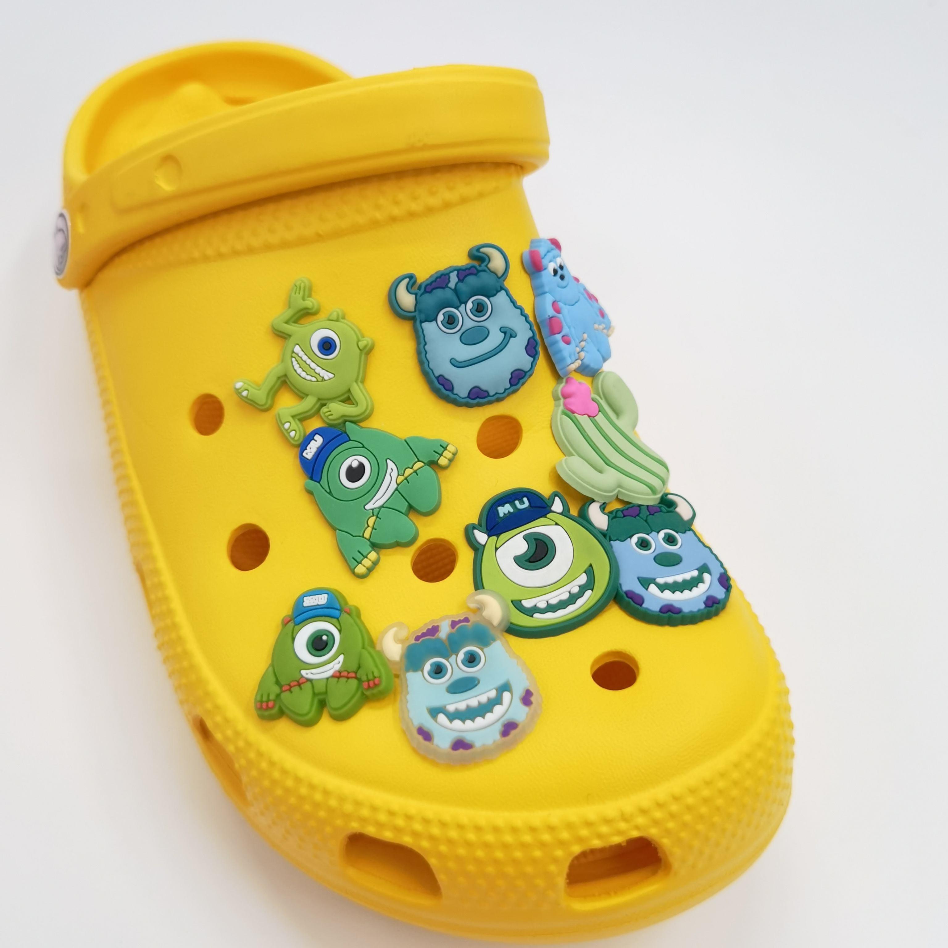 Wholesale quality designs human shape shoes decoration Shoe Charms soft PVC shoe charms