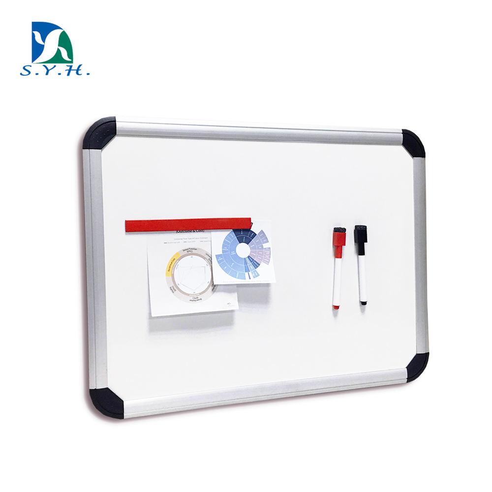 Magnético tablero blanco radiante con ángulo protector
