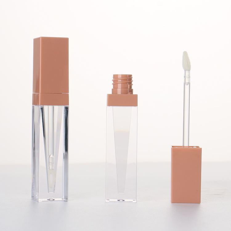 Nova Lançou Moda Custom Design Exclusivo Cone Forma A Granel 4ml Embalagem Tubo de Brilho Labial com O Seu Private Label