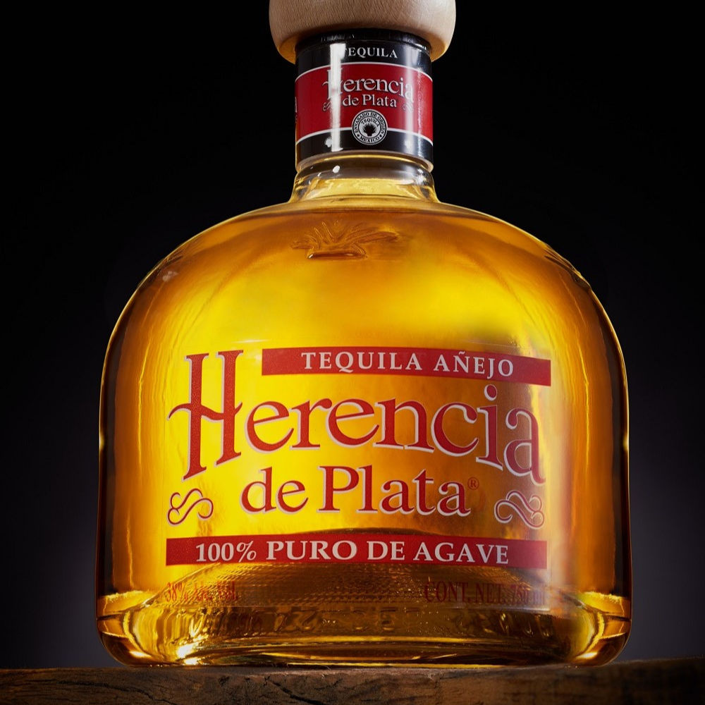 HERENCIA DE PLATA EXTRA AGED. TEQUILAS DEL SENOR, We are producers of the best tequila since 1943.