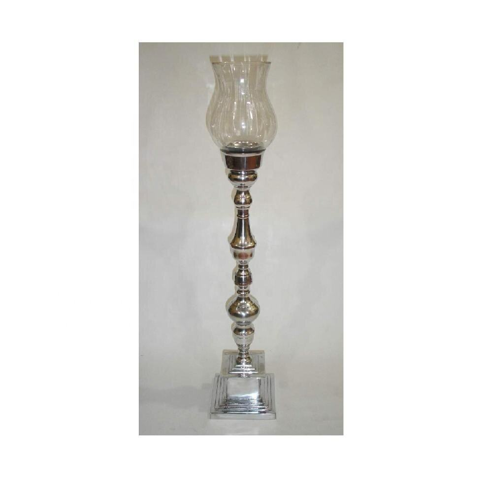 Candle holder with glass chimney