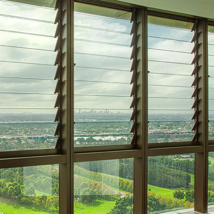 Aerofoil de aluminio Sol de rejilla con Control remoto de fabricación en Malasia